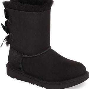 Black Bailey Bow Ugg Boot